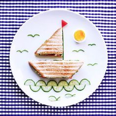 Looking for some awesome keto snacks? These ketogenic diet snacks are perfect for staying in ketosis. Looking for some awesome keto snacks? These ketogenic diet snacks are perfect for staying in ketosis. Cute Food, Good Food, Yummy Food, Breakfast Toast, Breakfast For Kids, Cute Breakfast Ideas, Food Art For Kids, Art Kids, Creative Food Art