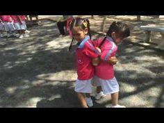 Outdoor Games Kindergarten: Teamwork Race Using a Ball - YouTube