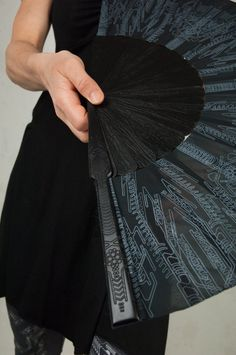 Goth Hand Fan and Folding hand fans with Sacred Geometry Cyberpunk Gothic Wedding Gift for Her Jedi Outfit, Goth Outfit, Assassins Creed, Cyberpunk, Fashion Foto, Self Design, Foto Art, Gothic Wedding, Steampunk Clothing