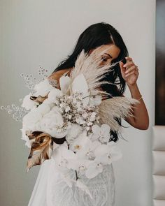 Terrific Pic modern Bridal Bouquet Suggestions When the most crucial and elegant accessories of the star of the wedding, your current bridal bouque Floral Wedding, Wedding Colors, Wedding Ideas, Boho Wedding, Wedding Pins, Perfect Wedding, Dream Wedding, Bouquet Images, Bridal Flowers