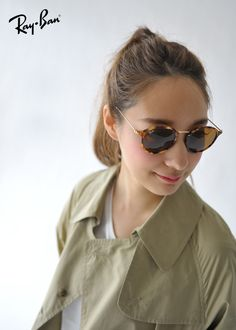 788cf997c6 Ray Ban Clubmaster for Women are stylish eyeglasses that have stood the  test of time. Buy the Cheap Ray Bans online and save money.