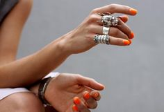 Neon nails and chunky silver rings - scarab ring 5 Inch And Up, Silver Jewelry, Silver Rings, Silver Nails, Rock Jewelry, Jewellery Rings, Charm Jewelry, Jewelry Shop, Jewelry Bracelets