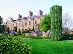 Filoli Estate in Woodside, California served as the backdrop for films like The Wedding Planner, What Dreams May Come, Lolita, Heaven Can Wait and The Joy Luck Club.