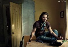 Depp by Leibovitz. I love him. And I'm lucky because (imho) he resembles my hubby.