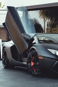 Matte black on this Lambo is deeply cool.