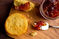 A sweet and grainy cornmeal mixture makes for a delicious muffin Fig and orange is always a delicious combination, and both ingredients go very well with this sweet and grainy cornmeal mixture.