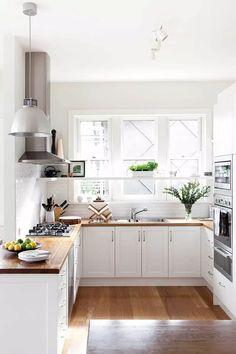 Best Kitchen Layout with island Unique Best Kitchen Design Ideas for New Kitchen Inspiration Apartment Kitchen, Home Decor Kitchen, Kitchen Interior, 70s Kitchen, Round Kitchen, Small Apartment Living, Funny Kitchen, Kitchen Oven, Narrow Kitchen