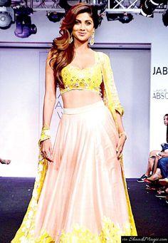 Shilpa Shetty at Lakme Fashion Week Winter / Festive # LFW . Shilpa Shetty, Sonakshi Sinha, Emma Roberts, Victoria Beckham, Kendall, Kardashian, Lakme Fashion Week 2015, Mira Rajput, Ghaghra Choli