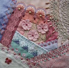 Lace and Pearls DYB, my work on Crystal's block. |Margreet from Holland