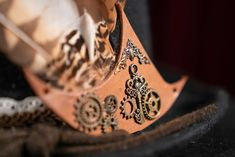 Design detail on one of the #steampunkstyle #hats in my #etsyshop Steampunk Hat, Steampunk Fashion, Real Leather, Brown Leather, Belt Shop, Steampunk Accessories, Messenger Bag Men, Hip Bag, Boater