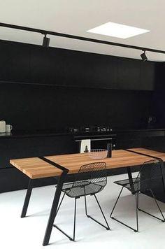 Pi02 TRETEAUX DE TABLE 88 PAR RODERICK FRY Metal Furniture Legs, Industrial Furniture, Furniture Design, Dinning Table, Table And Chairs, Loft Design, Furniture Inspiration, Furniture Making, Home And Living