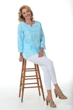 A classic tunic never goes out of style. This tunic from iCantoo is seaside styled for your Florida lifestyle.