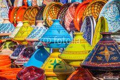 """Laden Sie das lizenzfreie Foto """"Tajines in the market, Marrakesh,Morocco"""" von Lukasz Janyst zum günstigen Preis auf Fotolia.com herunter. Stöbern Sie in unserer Bilddatenbank und finden Sie schnell das perfekte Stockfoto für Ihr Marketing-Projekt!"""