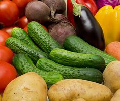 L'abécédaire de la congélation des légumes | L'alimentation des jeunes enfants | Yoopa.ca Chutney, Body Detox, Pickles, Cucumber, Nutrition, Make It Yourself, Vegan, Vegetables, Cooking