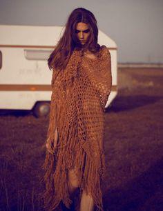 crochet blanket for boudoir session. yes.