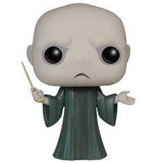 """Voldemort est un personnage important de la série littéraire et cinématographique Harry Potter. En sept livres et huit films, elle raconte l""""histoire du jeune Harry Potter qui découvre le jour..."""