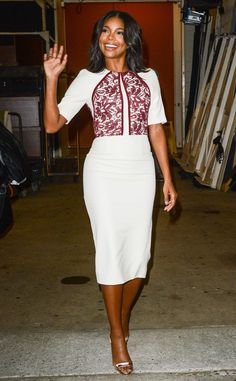 Gabrielle Union from The Big Picture: Today's Hot Pics  Hello there! The actress finishes an appearance on Live With Kelly and Michael.