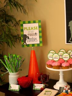 Wants and Wishes: Party planning: Plants vs. Zombies Inspired Birthday Party dessert table and game ideas