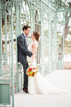 A Cheerful Orange Wedding at Ma Maison in Dripping Springs, Texas