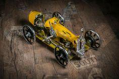 Steampunk style sewing machine car. Design by A.TARIK DEMIRBAS Photo by MURAT KUSCU