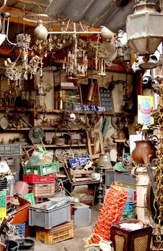 Paris flea market (or antique store - not sure which)  *i could treasure hunt there for DAYS!*