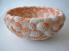 Sculptures florales en porcelaine par l'artiste Hitomi Hosono - Journal du Design