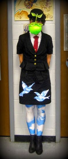 Cassie Stephens: DIY: A Magritte Get-Up school halloween ideas Unique Halloween Costumes, Cute Costumes, Halloween Kostüm, 1960s Costumes, Creative Costumes, Disney Costumes, Vintage Halloween, Halloween Makeup, Art Teacher Outfits