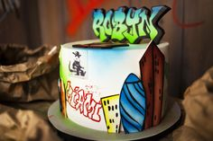 Graffiti themed birthday party - Cakes by Robin
