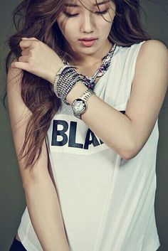 Suzy                                                                                                                                                                                 Más