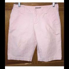 "Tommy Bahama shorts Tommy Bahama Bermuda shorts. Light pink color. Cotton/spandex. Waist- 29"", inseam- 11"", rise- 9"" Tommy Bahama Shorts Bermudas"
