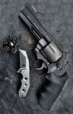 smith & wesson 329 Air Light PD 44 Magnum Revolver Handgun @aegisgears