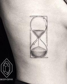 13 tatuagens minimalistas para quem procura simplicidade e sutileza - Mega Curioso