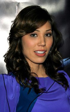 """Michaela Conlin Photos Photos - Actress Michaela Conlin arrives at the premiere of Universal's """"Frost/Nixon"""" held at the Academy of Motion Picture Arts and Sciences' Samuel Goldwyn Theater on November 24, 2008 in Los Angeles, California.  (Photo by Vince Bucci/Getty Images) * Local Caption * Michaela Conlin - Premiere Of """"Frost/Nixon"""" - Arrivals"""