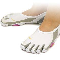 reputable site eb0c4 fc95c Vibram Shoes   Vibram Fivefingers White Women Jaya Shoes Size 8.5   Color   Gray