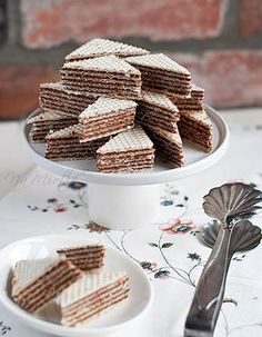 MASA DO WAFLI.not quite my Mom's recipe bit I can always tweek with it.hers has a ounce of rum! Polish Desserts, Polish Recipes, No Bake Desserts, Dessert Recipes, Cake Cookies, Cupcakes, Serbian Recipes, Recipe For Mom, Mom's Recipe