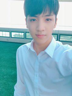 PENTAGON·펜타곤 (@CUBE_PTG) | Twitter I Have Pen, Pentagon Wooseok, How To Speak Korean, E Dawn, Jung Woo, Cube Entertainment, K Idols, Shinee, Boy Groups