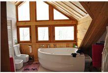 Koupelna ve srubu - Klimkovice Log Home Kitchens, Log Homes, Bathtub, Bathroom, Timber Homes, Standing Bath, Washroom, Log Houses, Bath Tub