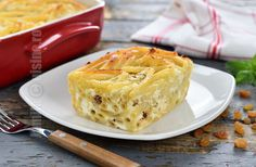 Macaroane cu branza la cuptor (CC Eng Sub) Healthy Cooking, Healthy Life, Veg Recipes, Cooking Recipes, Baked Macaroni, Fusilli, Sweet Memories, How To Cook Pasta, Cool Kitchens
