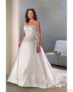 Neuste Brautkleider 2013 aus Satin schulterfreie A-Line Rock mit asymmetrischen Falten und Schleppe