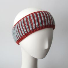 Here are my free pattern notes to make this brioche knit headband.
