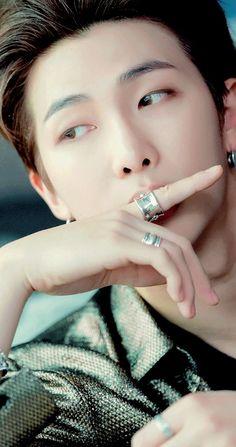 Belonging to Bangtan (Kim Seokjin Fanfic) ✔ Jimin, Rapmon, Bts Bangtan Boy, Bts Boys, Seokjin, Kim Namjoon, Jung Hoseok, Mixtape, Billboard Music Awards