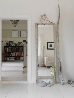 full-length driftwood mirror with accent pieces {too bad link only goes to cloud storage - but it's easy enough to figure out} Driftwood Mirror, Rustic White, White Wood, Home Decor Paintings, My New Room, Home And Living, Living Room, My Dream Home, Modern Furniture