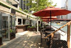 Best Waterfront Restaurants in Chicago: Lake Michigan & Chicago River