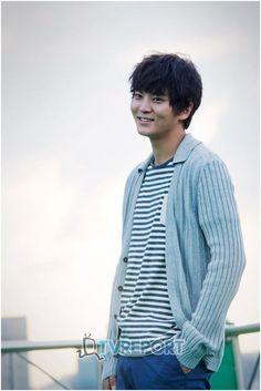❤ 주원   Bridal Mask and One Night And Two Days star Ju Won gives a sweet greeting for Chuseok