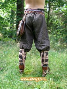 Viking Trousers... So much more comfy than modern day jeans!!! http://www.wierzeje.pl/main.html