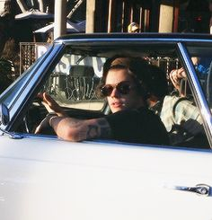 Harry styles on We Heart It Harry Styles Fotos, Harry Styles Mode, Harry Styles Pictures, Harry Edward Styles, One Direction News, Mr Style, Treat People With Kindness, Boyfriend Material, Me As A Girlfriend