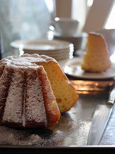Brioche Pandoro - best served with prosecco and is the perfect pud for Christmas!