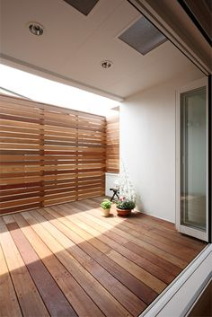46 Wood Terrace Design Ideas That You Can Try In This Spring - Modul Home Design Patio Interior, Interior Design Living Room, Living Room Designs, Interior And Exterior, Living Rooms, Terrasse Design, Diy Terrasse, Casa Patio, Deck Patio