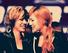 Girls Generation Sunny and Taeyeon