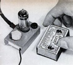 1947 One Tube Matchbox Radio New Technology Gadgets, Cool Technology, Futuristic Technology, Medical Technology, Energy Technology, Radios, Diy Electronics, Electronics Projects, Radio Amateur